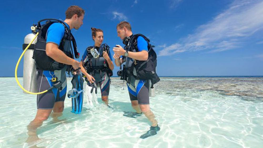 Get Scuba Certified 3 Ways To Become A Diver Scuba Diving