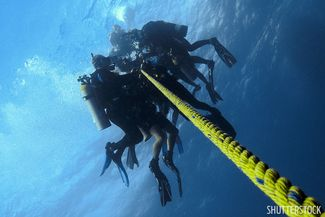 How to make the best safety stop while scuba diving.
