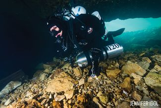 Cave Diving and Adding Extra Tanks Underwater