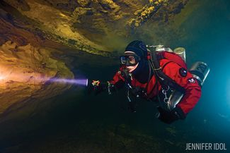 Cave Diving in Missouri Roubidoux Spring