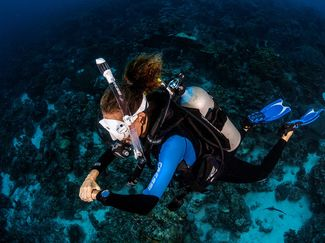 How to buy first set of scuba gear