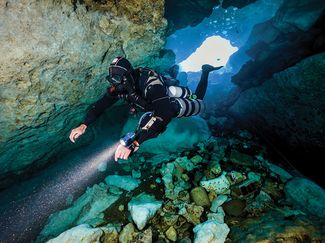 How to go from recreational scuba diving to technical diving