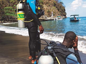 nitrox divers fatigue on beach