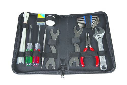 26 Must-Have Tools for a Safe Dive | Scuba Diving
