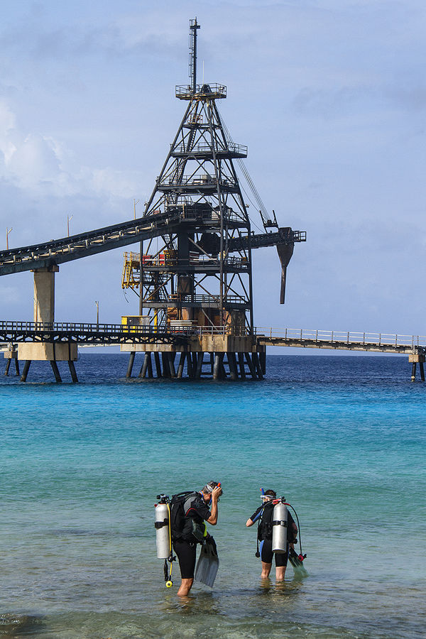 Scuba Divers on Bonaire Shore Dive Salt Pier