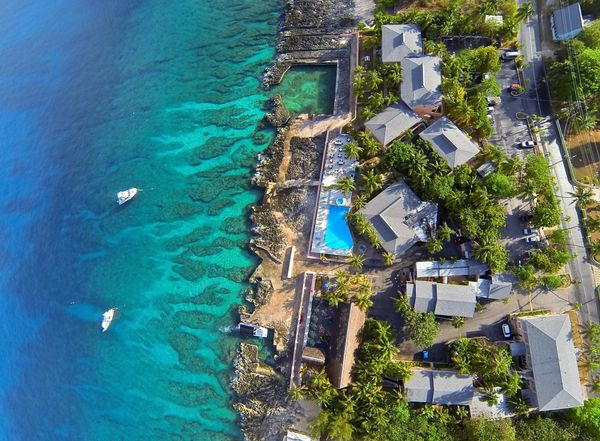 Best Dive Resorts Sunset House Cayman Islands