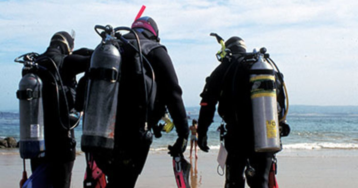 How To Stay Warm Underwater | Scuba Diving