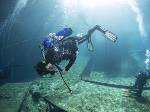 Scuba diving gear tests ScubaLab BC test Blue Grotto